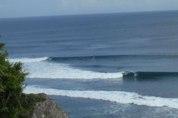 View of Uluwatu wave right in front